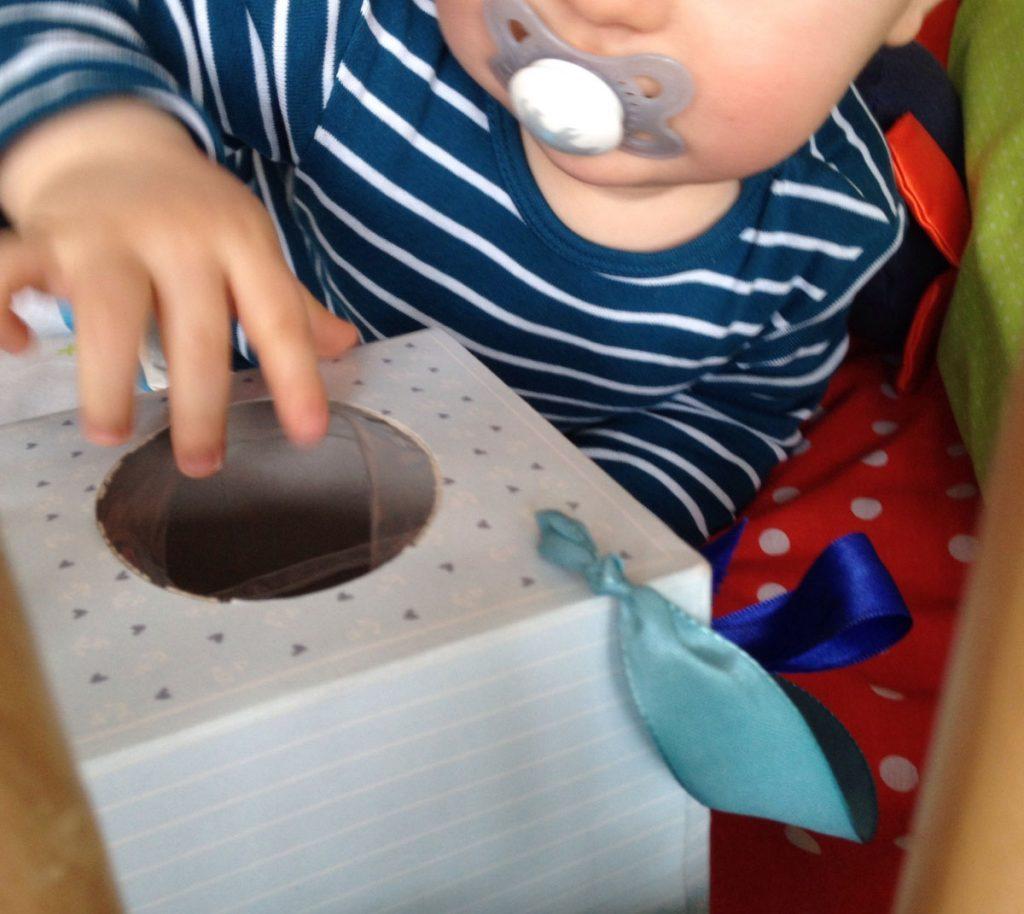 Babyspielzeug_Rappelkiste